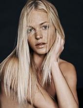 Erin Heatherton In The Studio 12