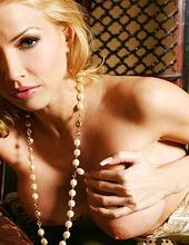 Angie Savage 07