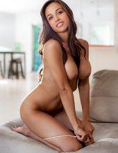 Ana Cheri 04