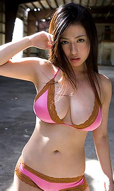 Cute Babe Nonami Takizawa