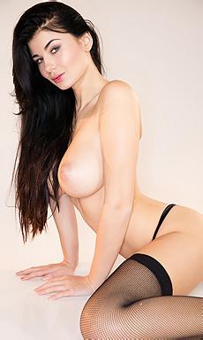 Lucy Li Pussy Cream
