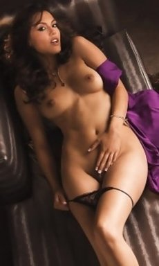 raquel pomplun naked